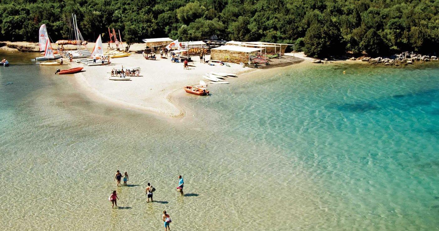 Τι θα φάμε στα Σύβοτα: 3 μέρη για καλοκαιρινό γεύμα με θέα! - itravelling.gr